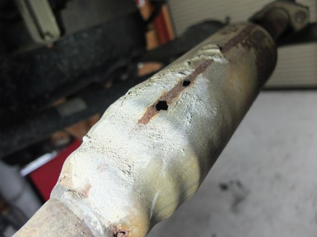 マフラー 溶接 修理 塞ぎ