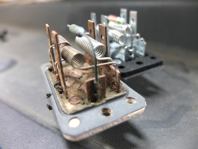 F150 レジスター