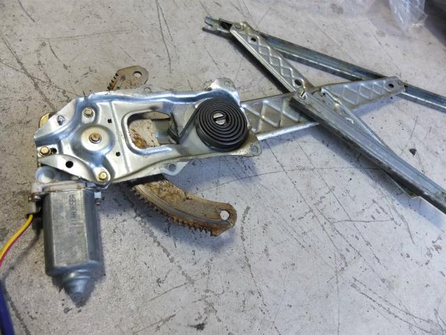 F150 パワーウインドウ レギュレーター