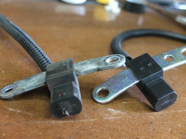 XJ チェロキー クランクポジションセンサー